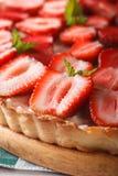 Tarta de la fresa con macro del queso cremoso Fondo vertical fotos de archivo libres de regalías