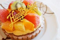 Tarta de la fruta para el cumpleaños Fotografía de archivo
