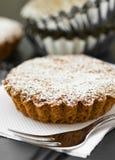 Tarta dulce con el azúcar Fotos de archivo