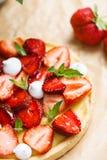 Tarta fresca de la fresa Fotos de archivo