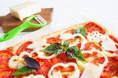 Tarta rubicunda de la pizza del restangle imagen de archivo libre de regalías