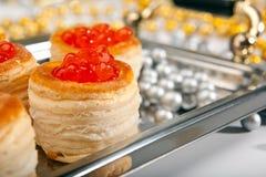 Tartalet con las decoraciones de la freza y de la Navidad Fotografía de archivo