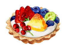 Tartalettes用蓝莓、草莓和薄荷叶在白色 库存照片