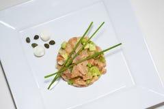 Tartaro del salmone del ristorante Immagini Stock Libere da Diritti