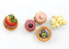 Tartas de la fruta en el fondo blanco (visión superior) Fotografía de archivo