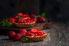 Tartas hechas en casa frescas del berrie foto de archivo