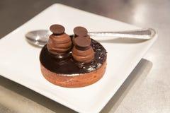 Tarte au chocolat, au caramel et à la fleur de sel Stock Photography