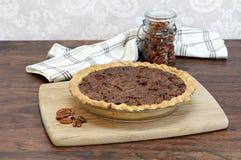 Tarte aux noix de pécan fraîchement cuite au four Image stock