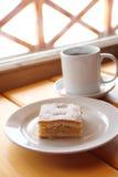 Tarte aux pommes (Charlotte) avec la pâte de tarte sablée Photos libres de droits