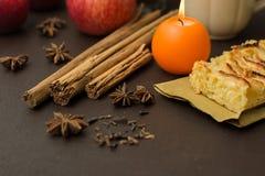 Tarte aux pommes et épices Photographie stock libre de droits