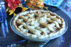 Tarte aux pommes sur une table pour le thanksgiving Photo libre de droits