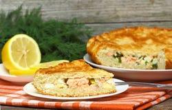 Tarte avec des saumons Photo stock