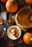 Tarte de abóbora caseiro para Thanksigiving Fotografia de Stock Royalty Free