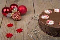 Tarte de chocolat pour Noël Image stock