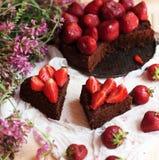 Tarte de fraise, tarte sablée de fraise, confiture de fraise portion h Image libre de droits