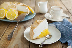 Tarte de meringue de citron Photo stock