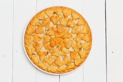 Tarte fait maison avec des pommes et des poires Photo libre de droits