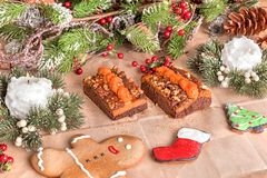 Tarte faite maison de potiron avec des noix photo stock