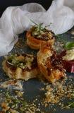 Tarte Tatin com cebolas caramelizadas Imagem de Stock Royalty Free