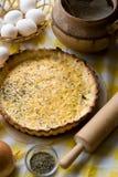 Tarte végétarien traditionnel aux oignons et au fromage Photo stock