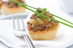 Tartelette avec des champignons Photo stock