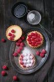 Tartelette avec des framboises Images stock