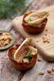 2 tartelettes заполненного с грибами и арахисами Стоковые Изображения RF