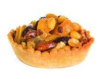 Tartlet с сухофруктом, тортом изолированным на белизне Стоковое Изображение