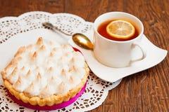 Tartlet с творогом меренги и лимона Стоковые Изображения RF