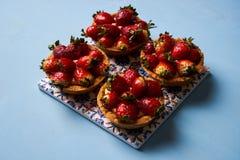 Tartletkuchen oder Korbkuchenkeks lizenzfreies stockfoto
