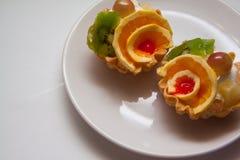 Tartlets на белизне Стоковое фото RF