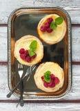 Tartlets сыра рикотты с полениками Стоковое Фото