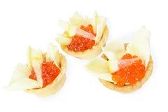 Tartlets с красной икрой Стоковое Фото
