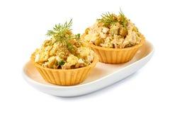 2 tartlets с салатом ветчины на белизне Стоковые Фотографии RF