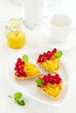 Tartlets con crema del limón Fotografía de archivo