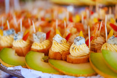 Tartlets with cream, cheese Royalty Free Stock Photos