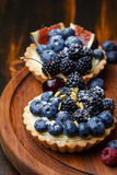 Tartlets with fresh berries Royalty Free Stock Photography