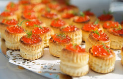 Tartlets with salmon caviar Royalty Free Stock Images