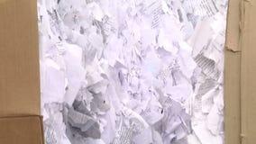 Tarty papier naciskał i przygotowywa wysyłającym dla przetwarzać zdjęcie wideo