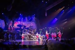 Tarzan: Appell av djungelshowen på Shanghai Disneyland royaltyfri fotografi