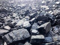 Tas de charbon noir Photos libres de droits