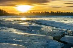 Tas de glace. Image libre de droits