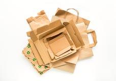 Tas de papier brun, préparé pour la réutilisation Réduisez, réutilisez et réutilisez le concept Configuration plate image stock