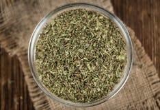 Tas des feuilles sèches de Stevia Photographie stock libre de droits