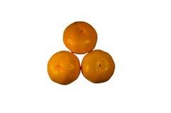 Tas des mandarines d'isolement sur le fond blanc Images libres de droits