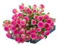 Tas des roses roses fraîches images stock