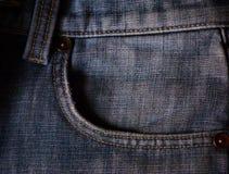 Tasche auf den Jeans stockfotos