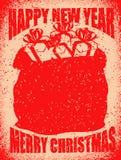 Tasche der frohen Weihnachten mit Geschenken Großer roter Sack von Santa Claus in g Stockfotos