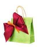 Tasche für Geschenk mit Bogen lizenzfreies stockbild