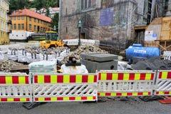 Taschen des Kubikgranits an der Bergen-Baustelle stockfoto